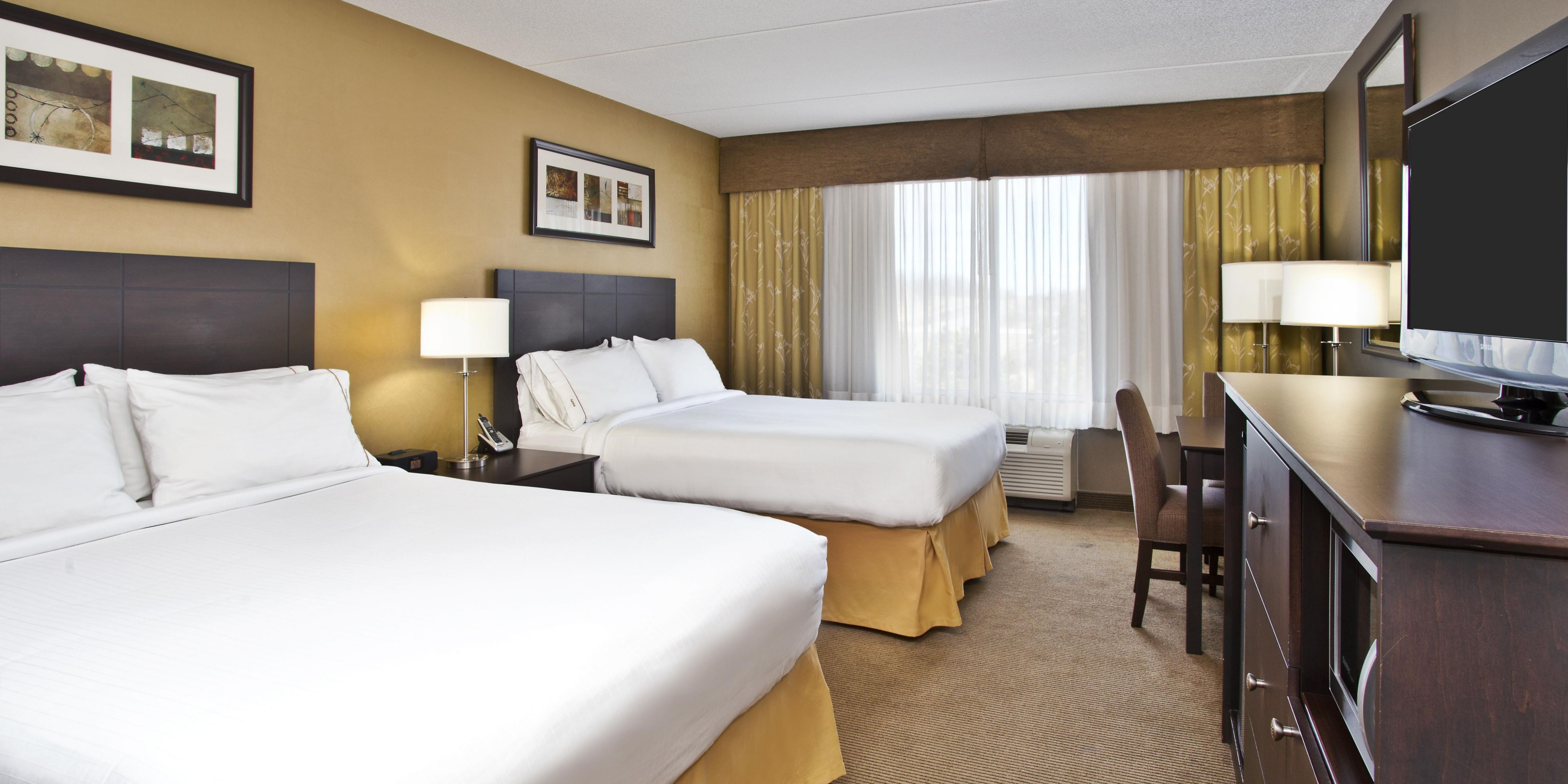 Holiday inn express and suites kingston 3951252809 2x1