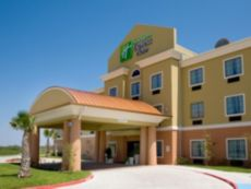 Holiday Inn Express & Suites Kingsville in Kingsville, Texas