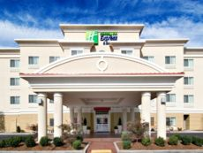 Holiday Inn Express & Suites Klamath Falls Central in Klamath Falls, Oregon
