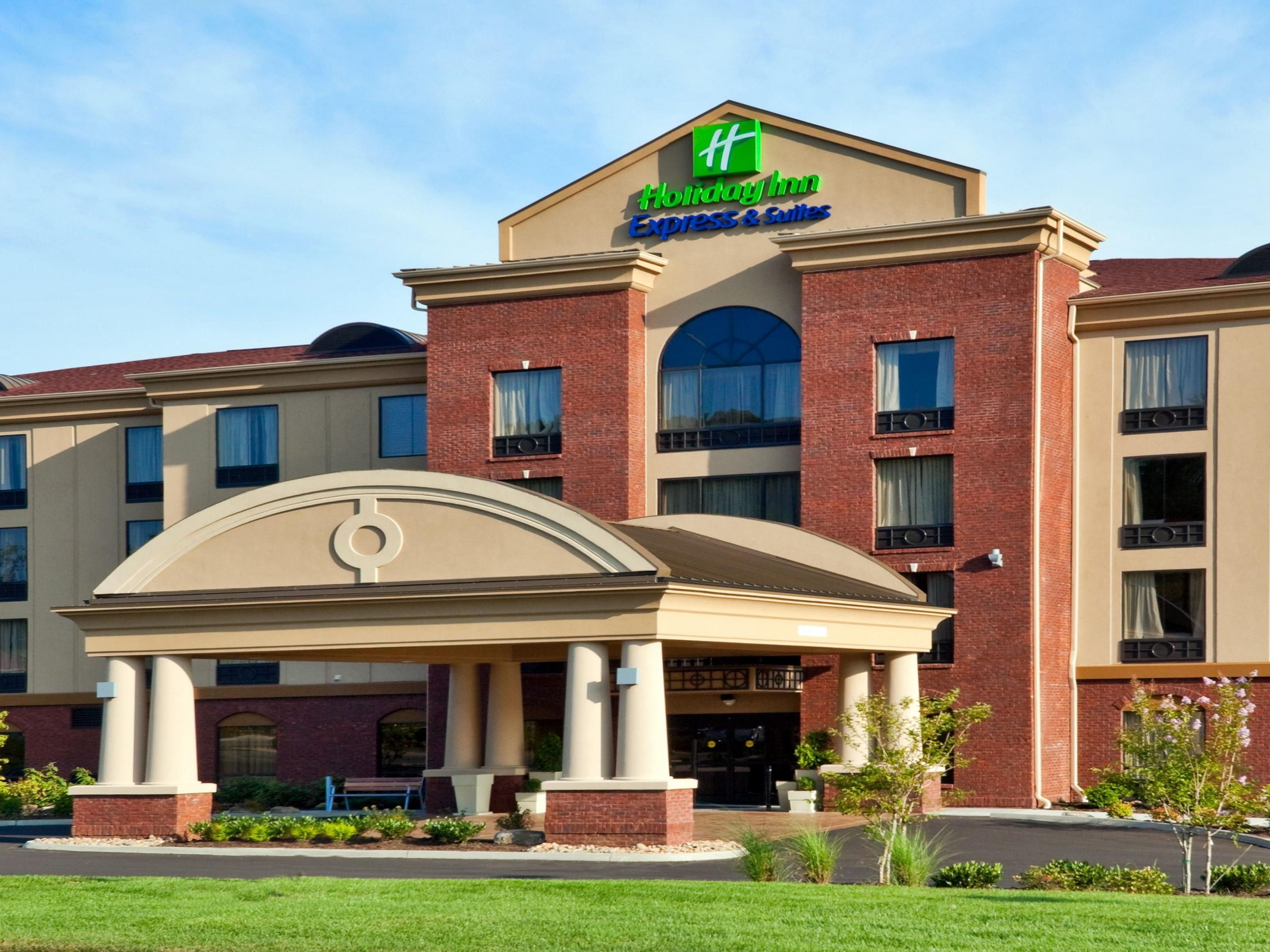 Welome to the Sevierville/ Kodak Holiday Inn Express