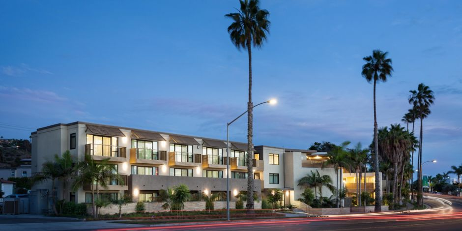 Start Your Vacation At Holiday Inn Express Suites La Jolla