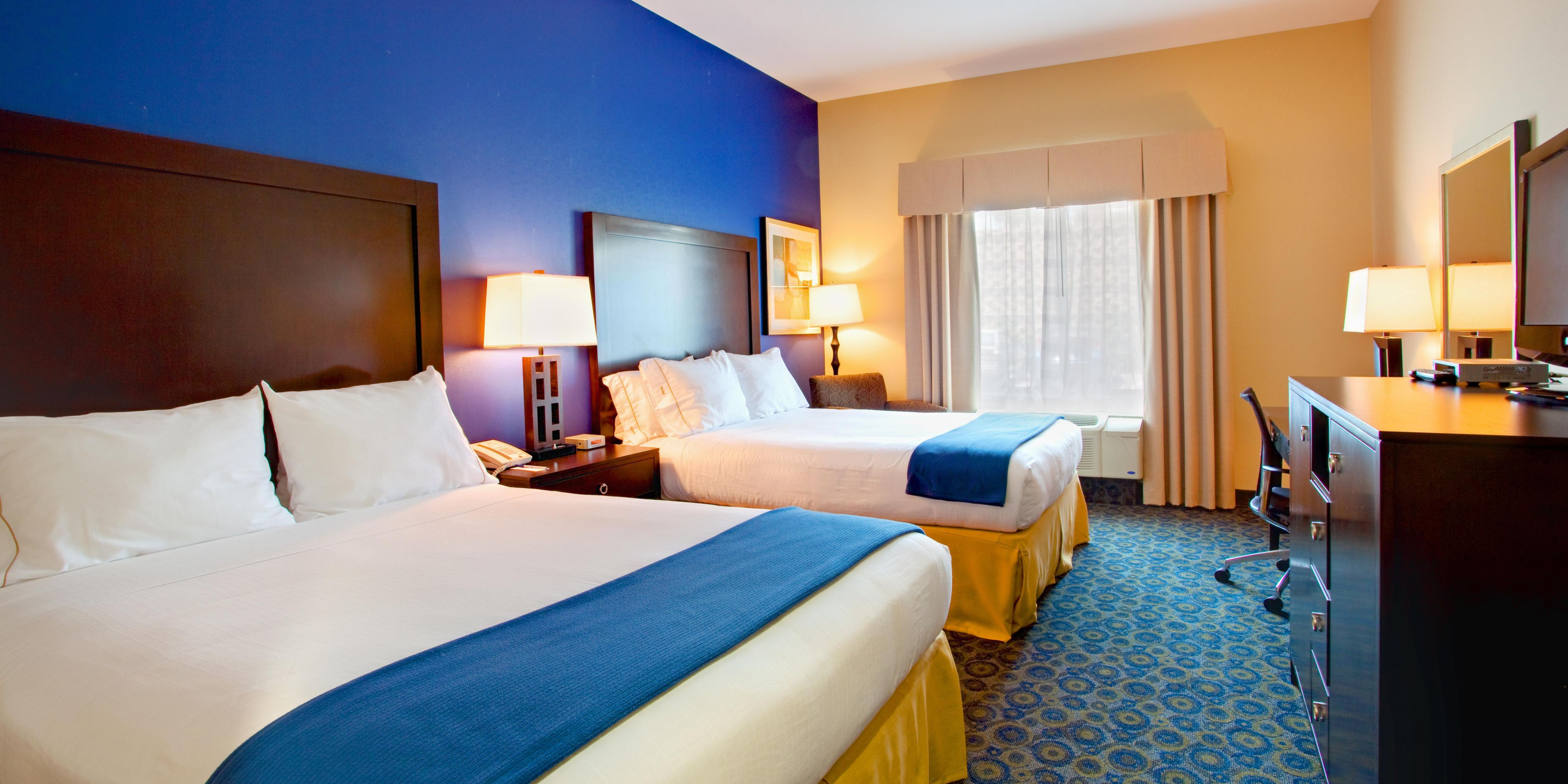 Lake Elsinore Hotel And Lodging   Holiday Inn Express U0026 Suites