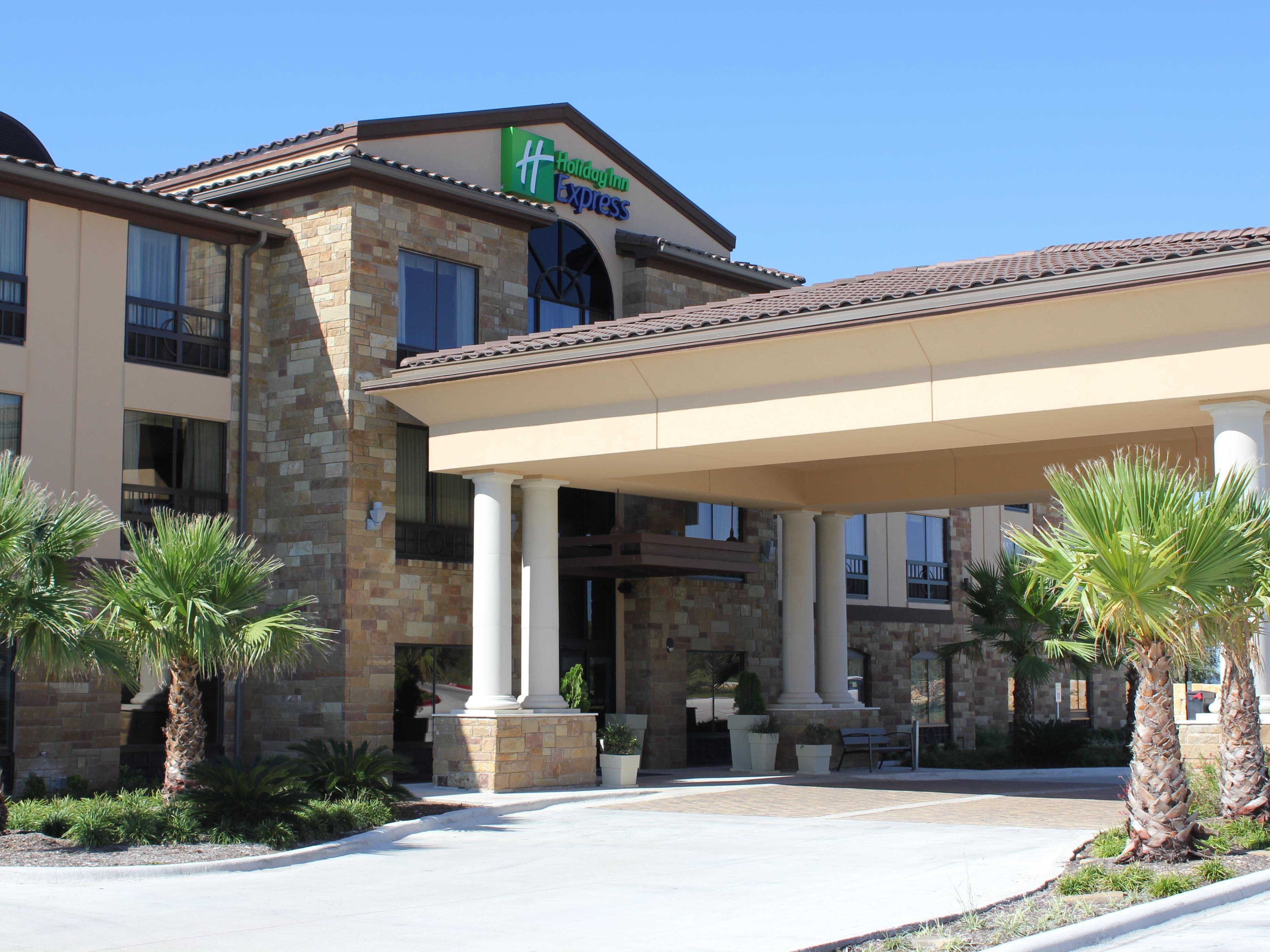Find Dripping Springs Hotels Top 34 In Tx By Ihg