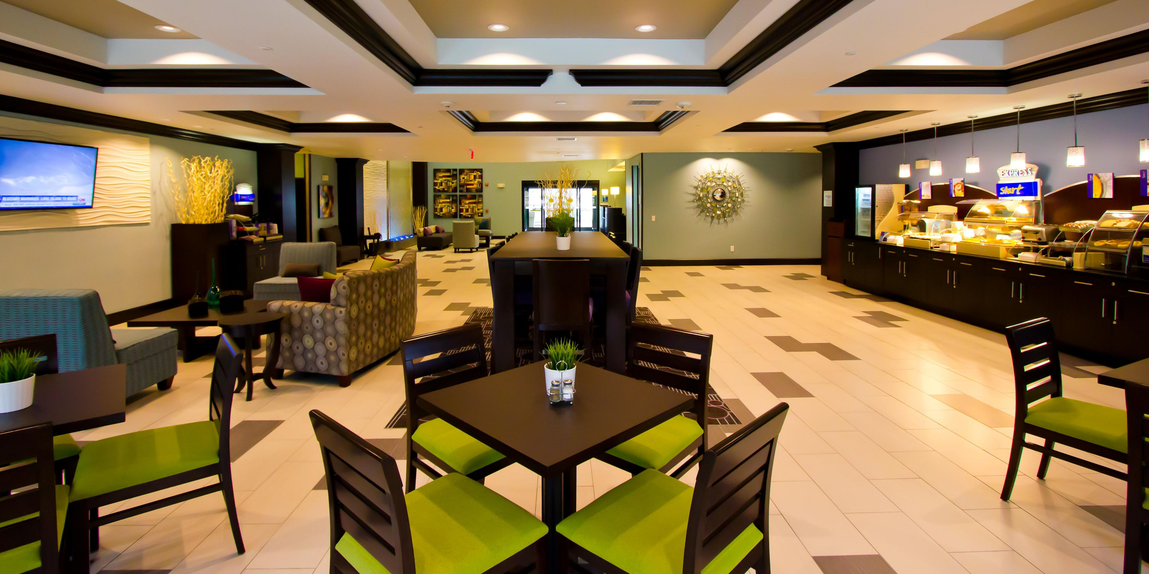 Holiday Inn Express And Suites Lakeway 4324539653 2x1