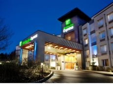 Holiday Inn Express & Suites Langley in North Vancouver, British Columbia