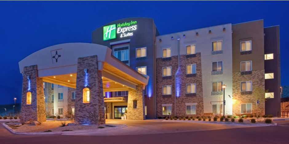 Welcome To The Holiday Inn Express Suites Las Cruces