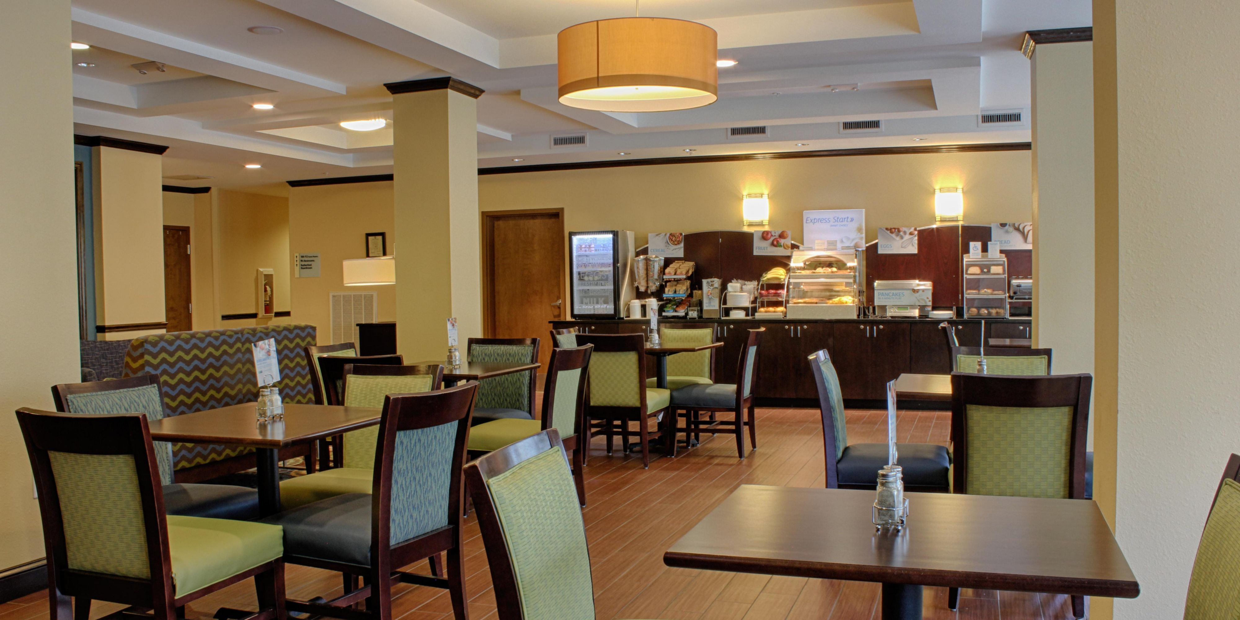 Holiday Inn Express And Suites Lebanon 4752475785 2x1