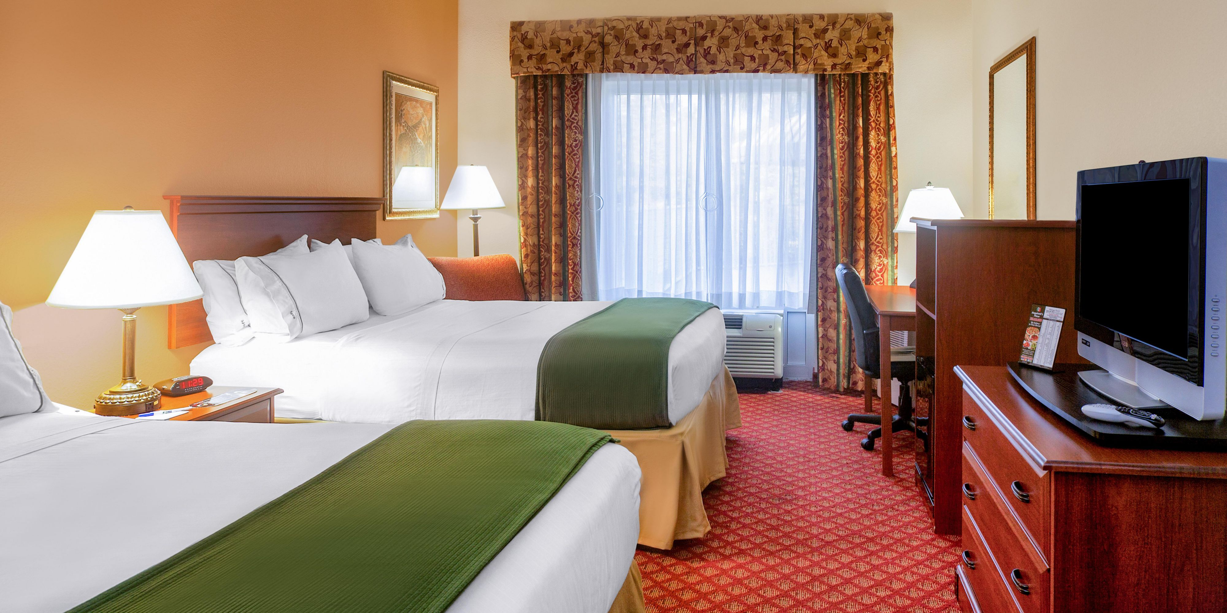 Holiday Inn Express And Suites Lecanto 4433986230 2x1