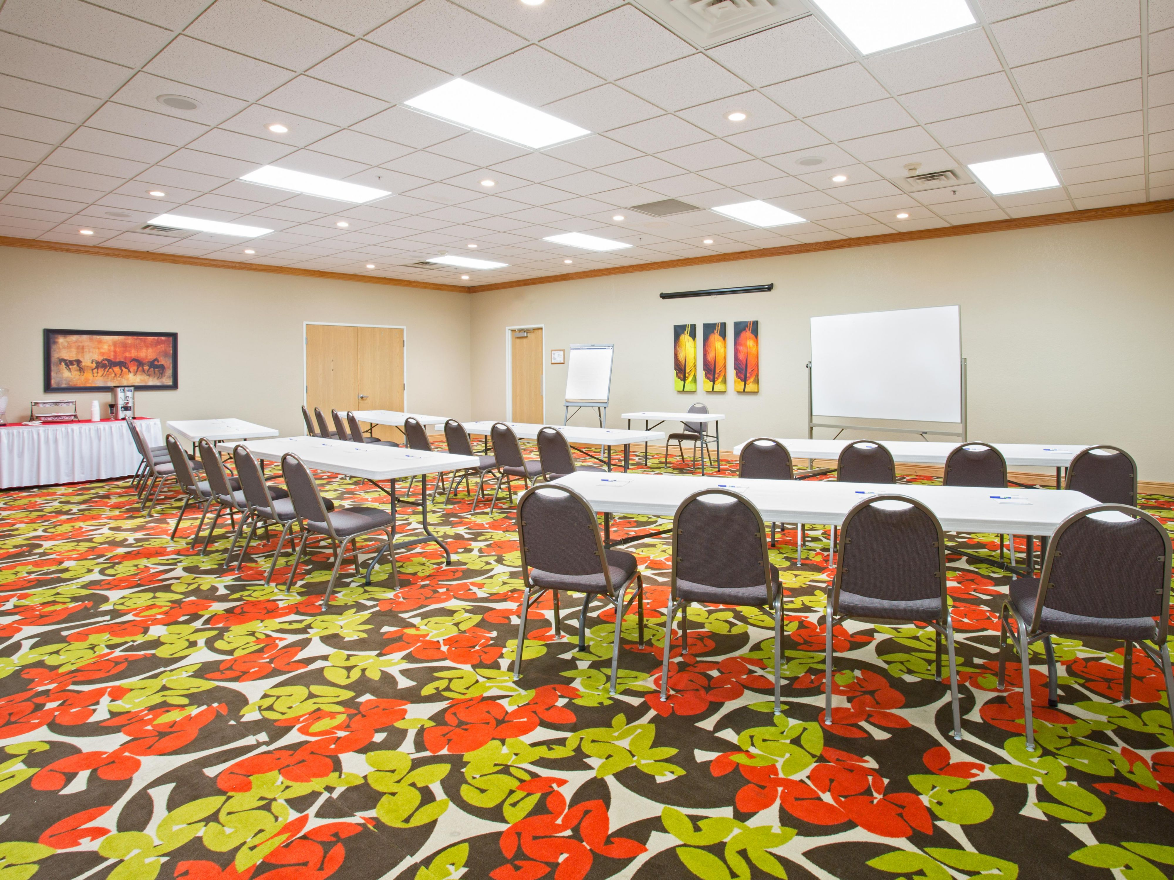 Meeting Room Class Room Style at Holiday Inn Express Lexington NE