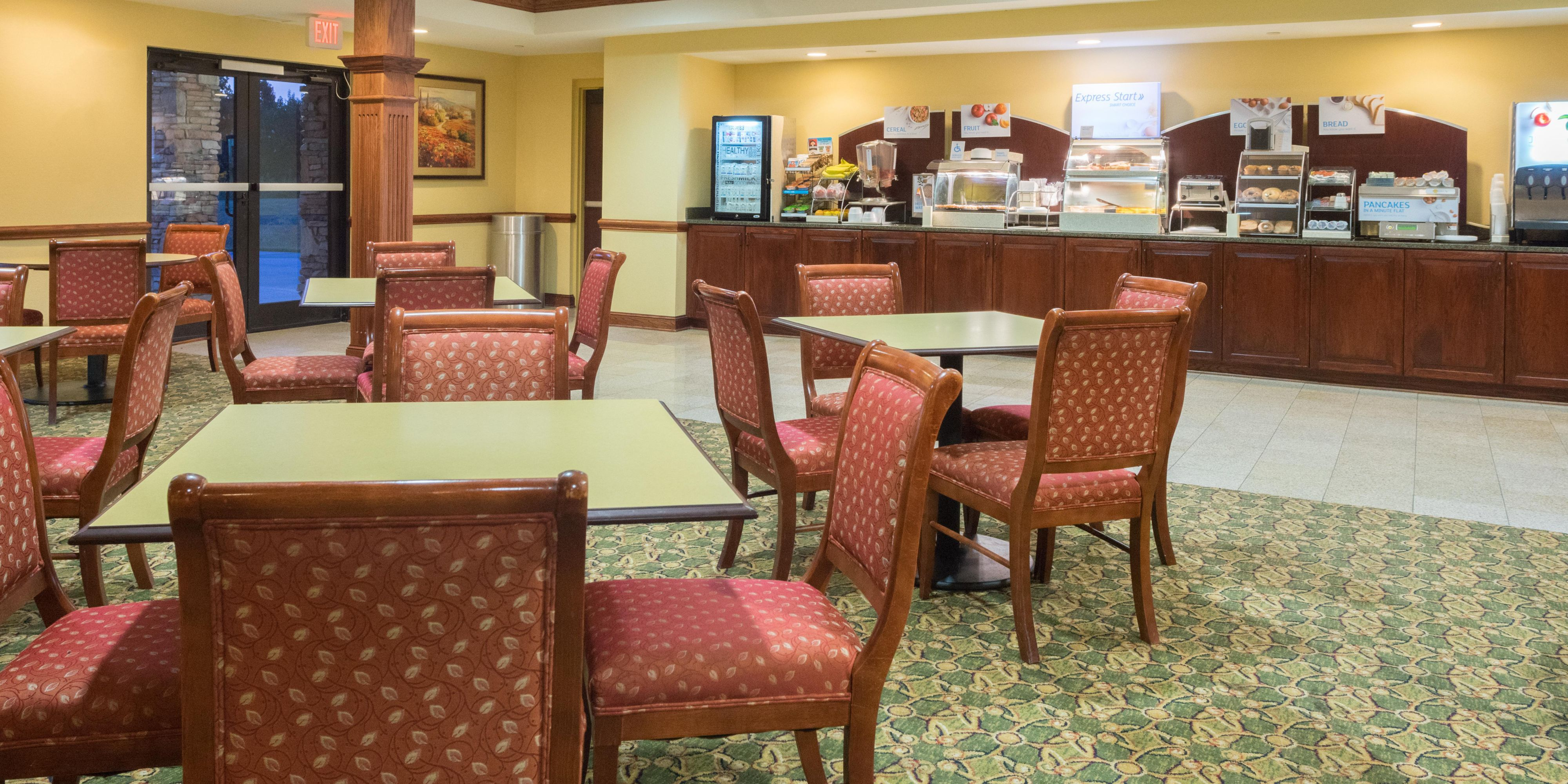 Holiday Inn Express And Suites Lexington 4134516140 2x1