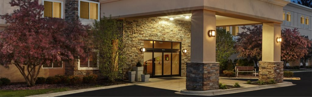 Holiday Inn Express & Suites Chicago-Libertyville Hotel by IHG