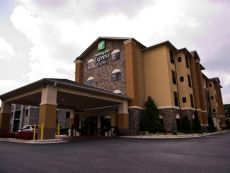 Holiday Inn Express & Suites Atlanta East - Lithonia in Stone Mountain, Georgia