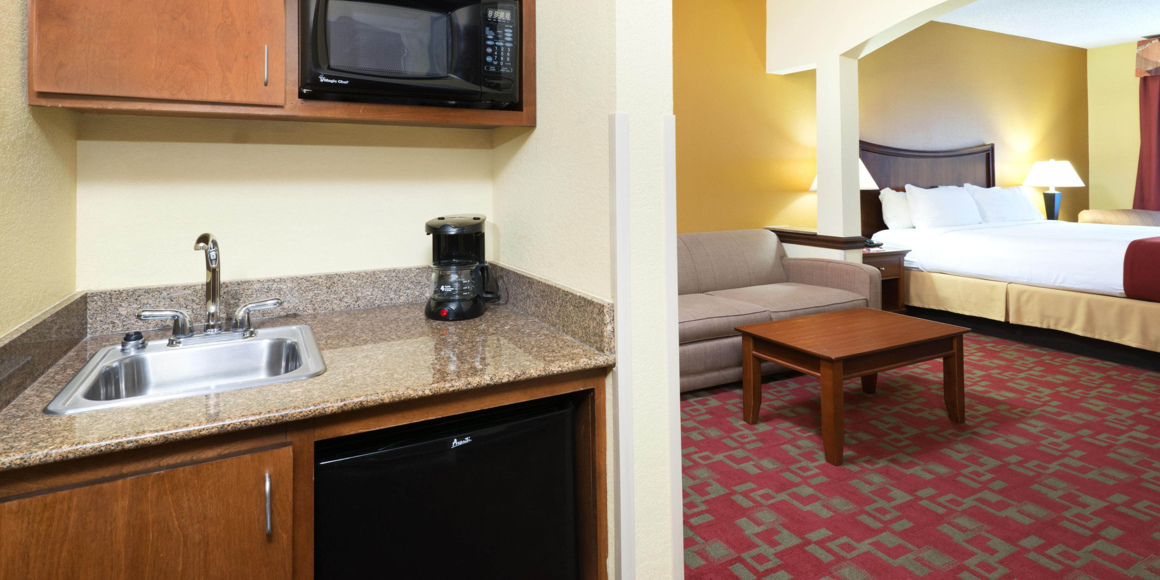 Holiday Inn Express And Suites Little Rock 3865141475