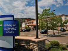 Holiday Inn Express & Suites Denver SW-Littleton in Wheat Ridge, Colorado