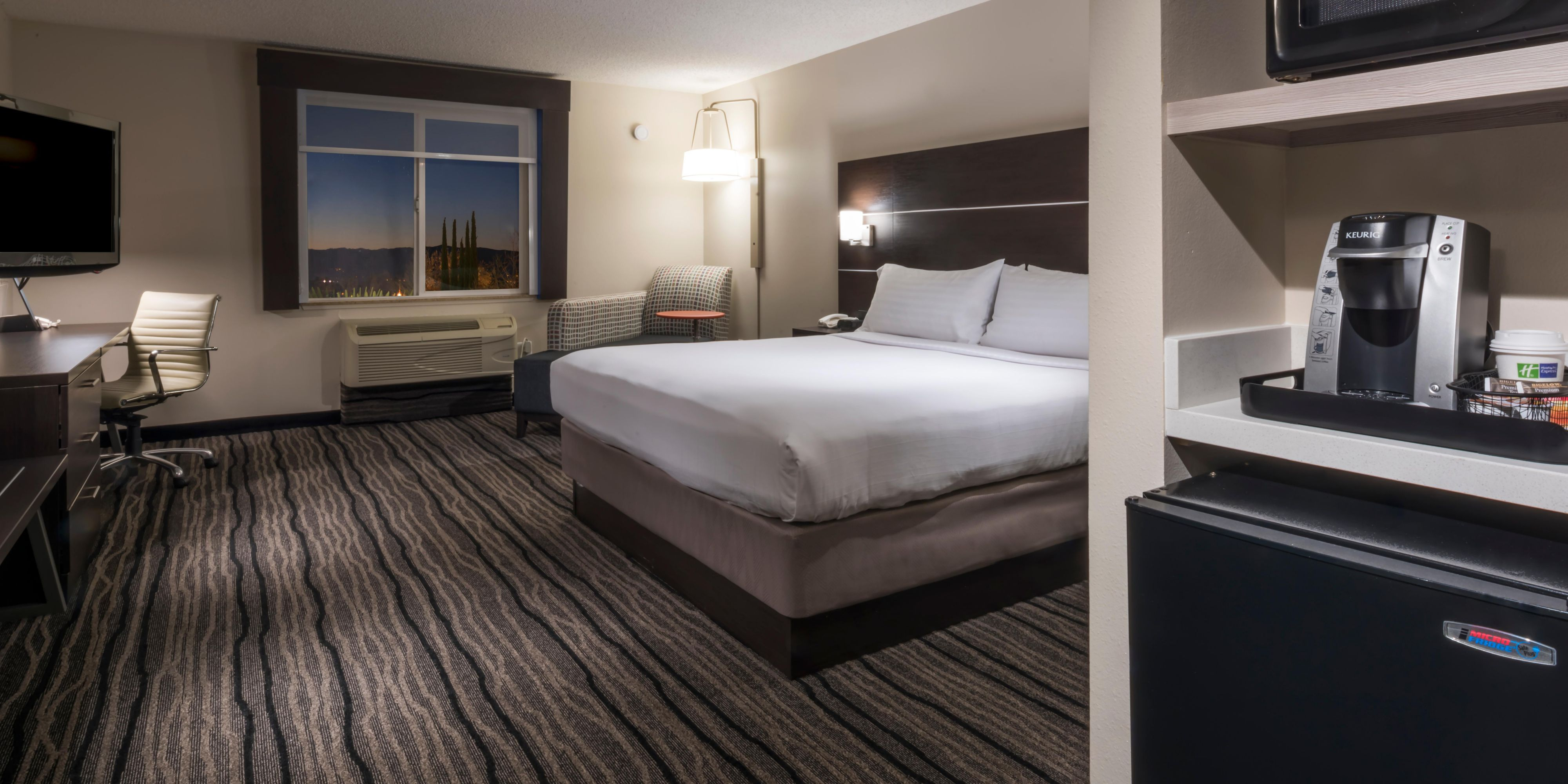 Holiday Inn Express And Suites Livermore 4937753247 2x1