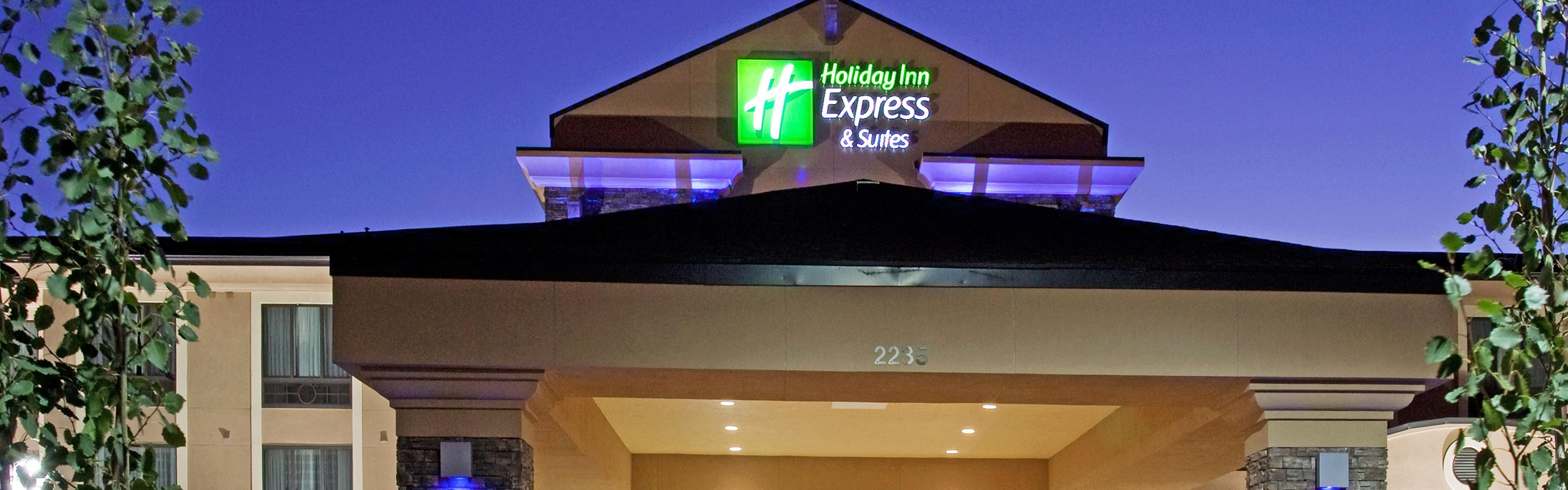 Elegant Entrance Front Desk Hotel Exterior With Hotels Near Logan Ohio
