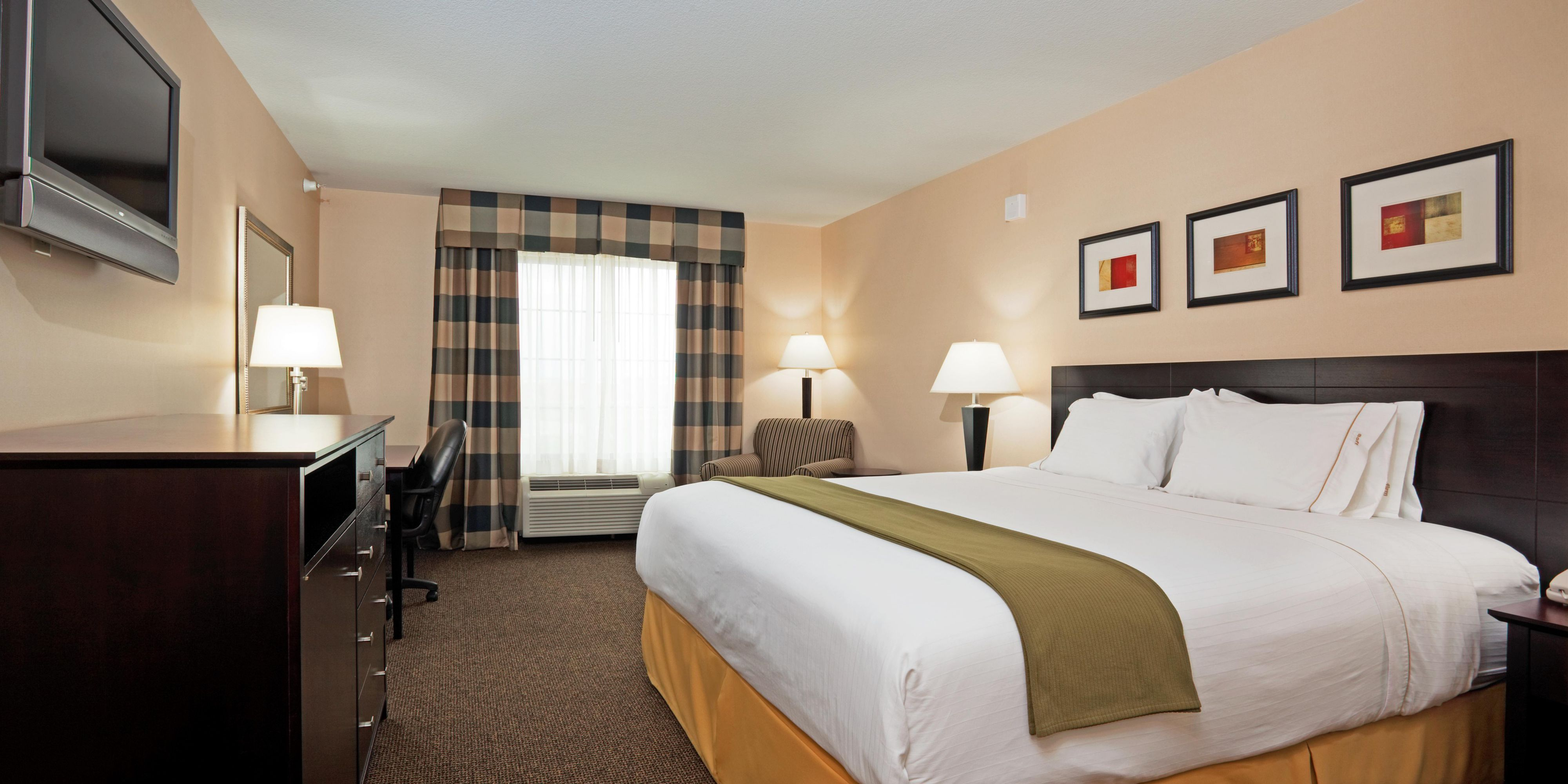 Holiday Inn Express And Suites Longmont 2532964963 2x1