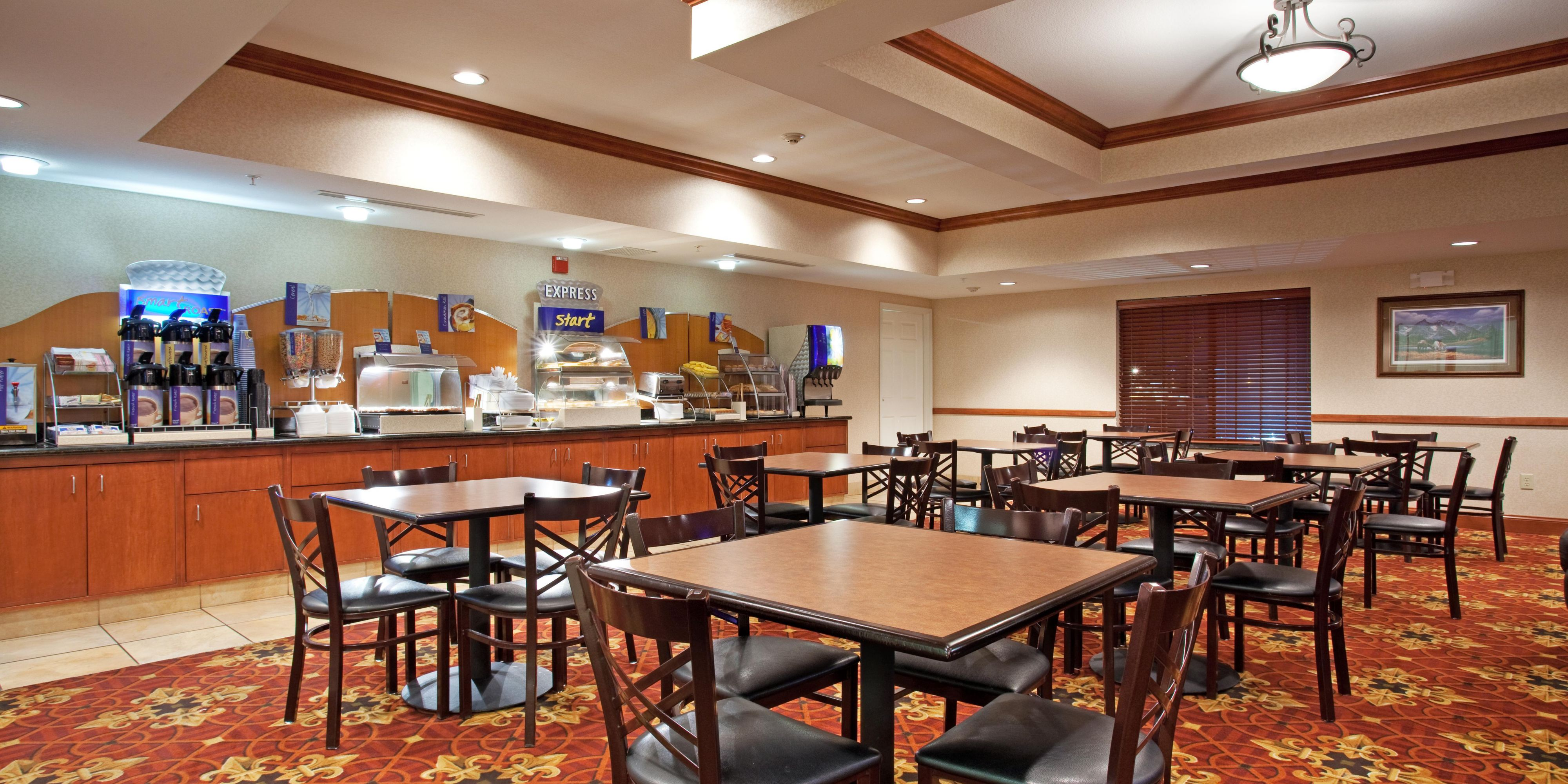 Holiday Inn Express And Suites Longmont 2532965033 2x1
