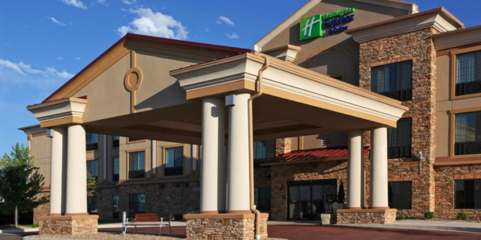 Holiday Inn Express And Suites Hotel In Longmont Co
