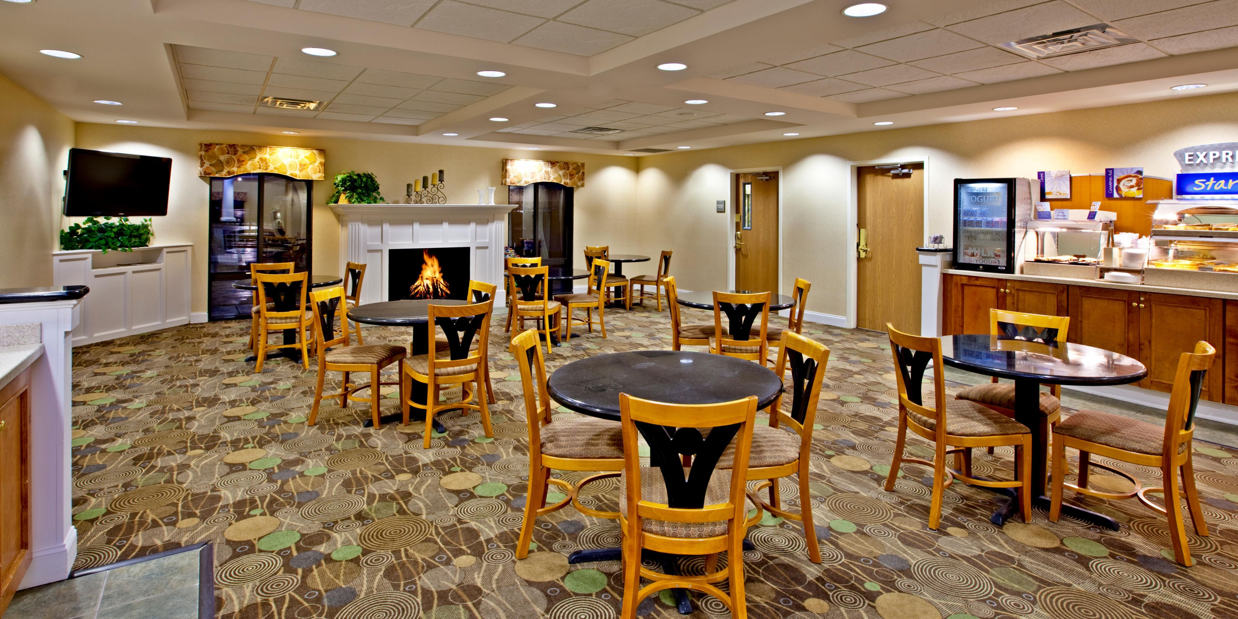 holiday inn express suites louisville east hotel by ihg holiday inn express and suites louisville 2533214158 2x1
