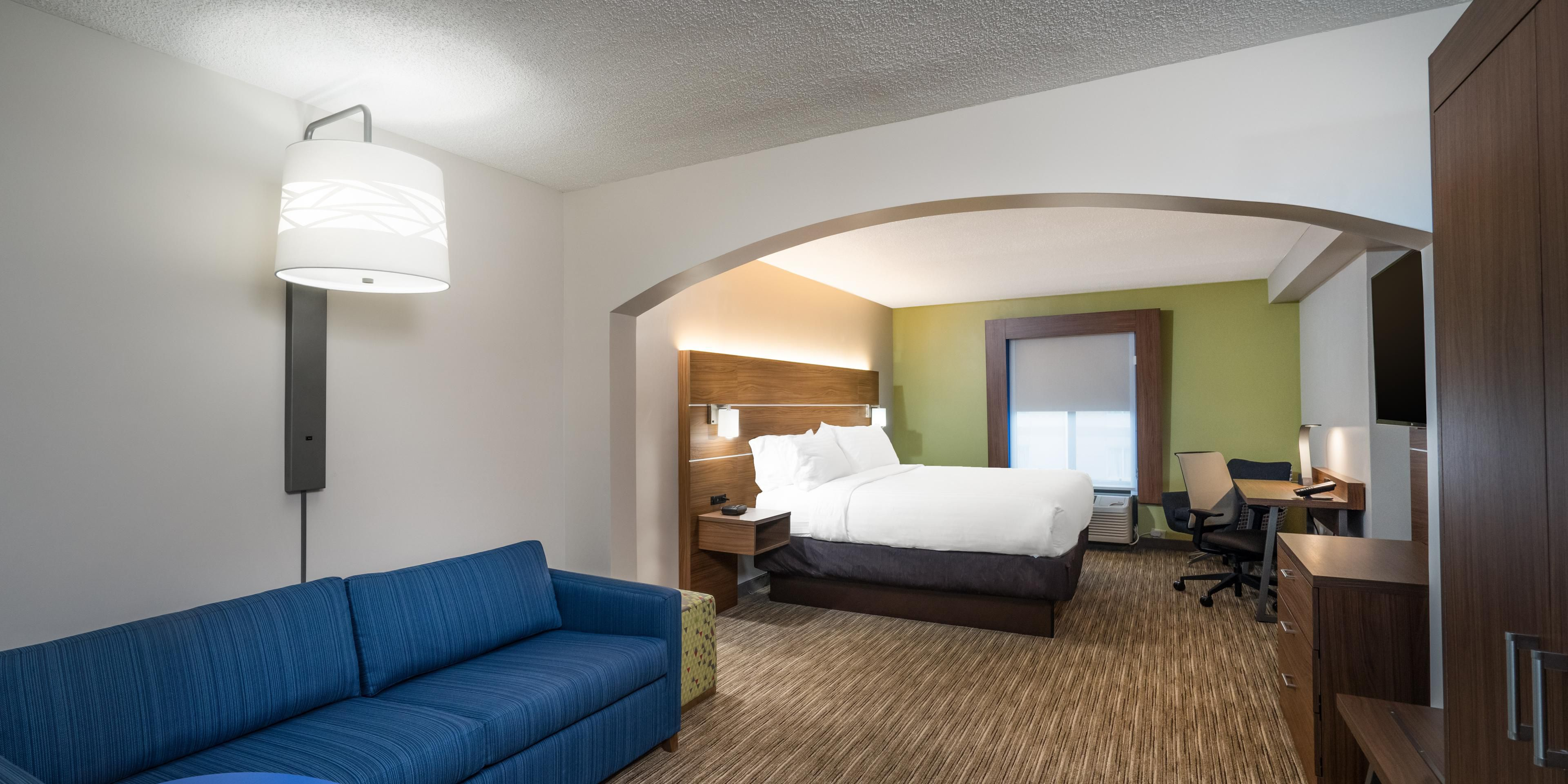 Holiday Inn Express And Suites Louisville 5290005074 2x1