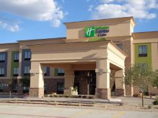 Holiday Inn Express & Suites Lubbock South in Wolfforth, Texas