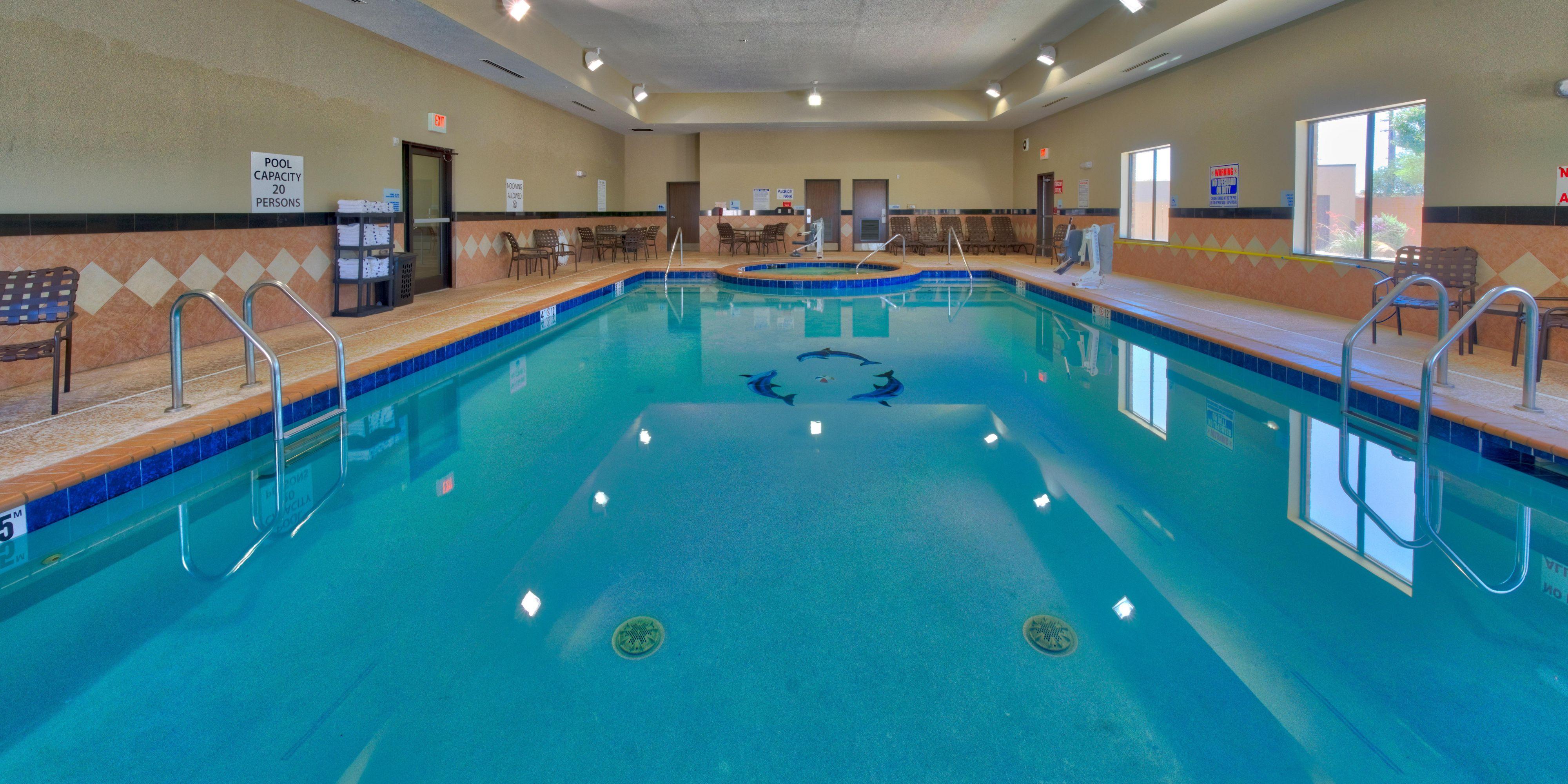 Lubbock Hotels Indoor Pool