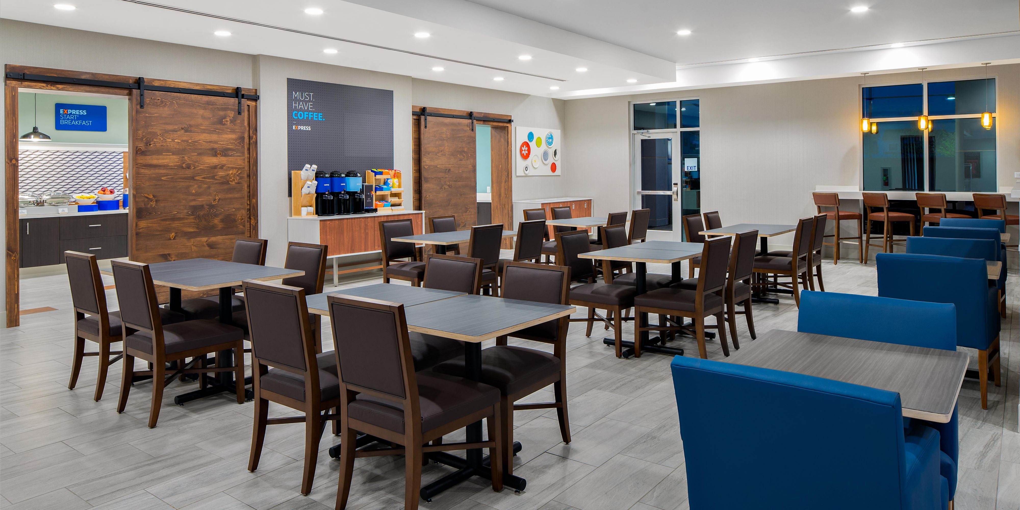 Holiday Inn Express Suites Lubbock Central Univ Area Hotel In