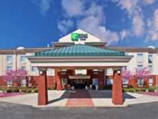 Holiday Inn Express & Suites Manchester-Conf Ctr(Tullahoma) in Tullahoma, Tennessee