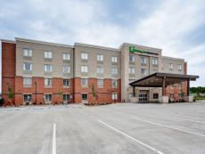 Holiday Inn Express Suites Manhattan In Junction City Kansas