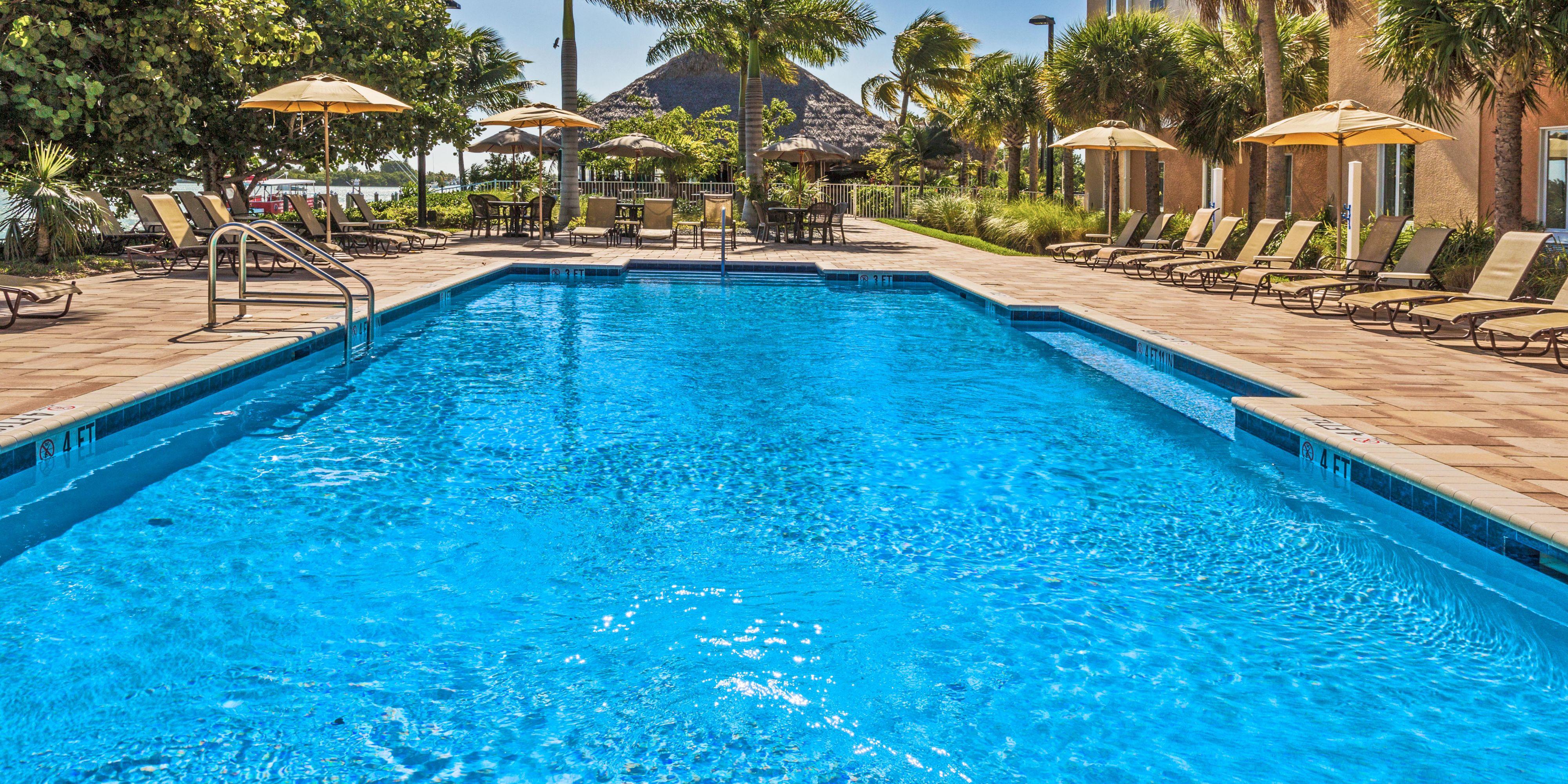 Holiday Inn Express & Suites Marathon Hotel by IHG