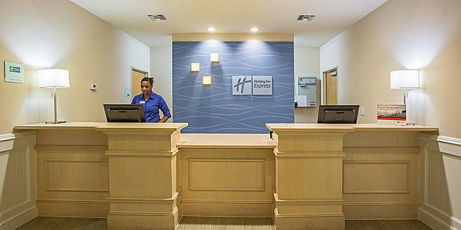 Marathon Fl Hotel Holiday Inn Express Suites Marathon