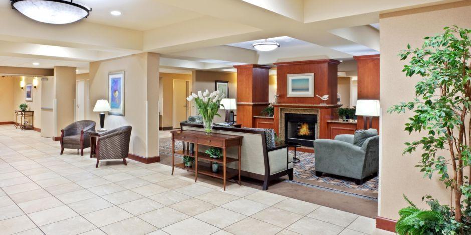 Marysville Hotel Exterior Lobby