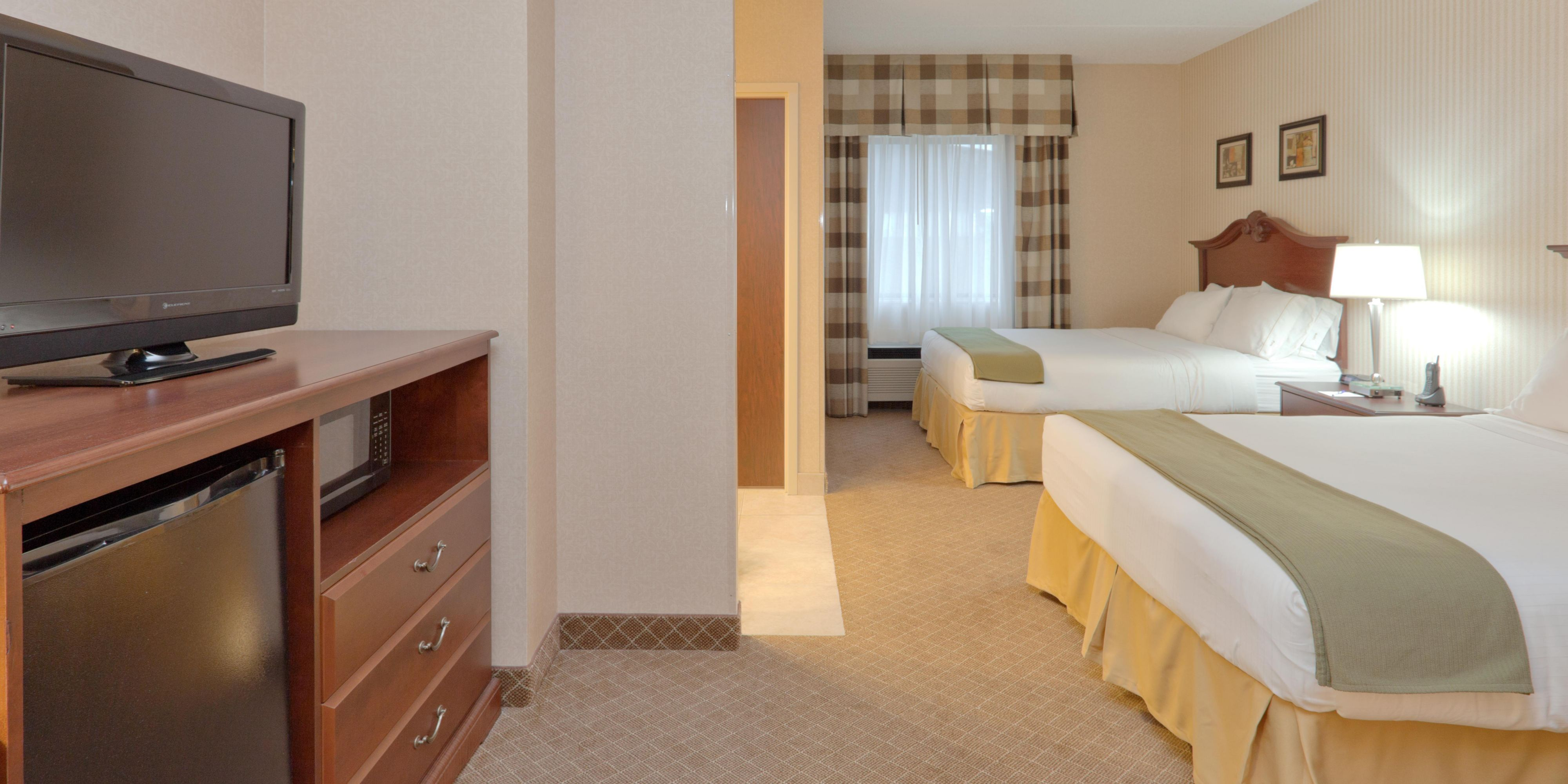 Holiday Inn Express And Suites Mentor 4185063076 2x1