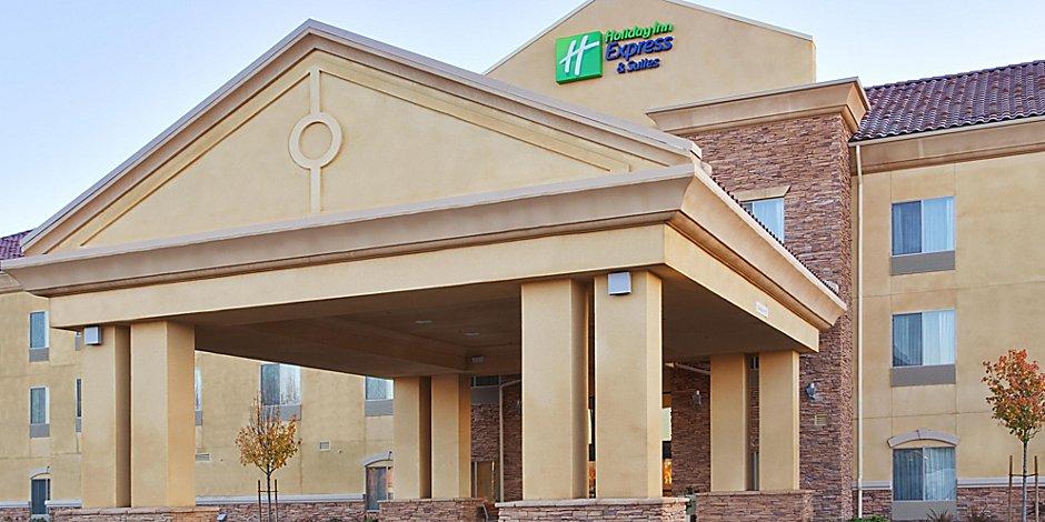 Holiday Inn Express & Suites Merced - Yosemite Natl Pk Area Hotel by on