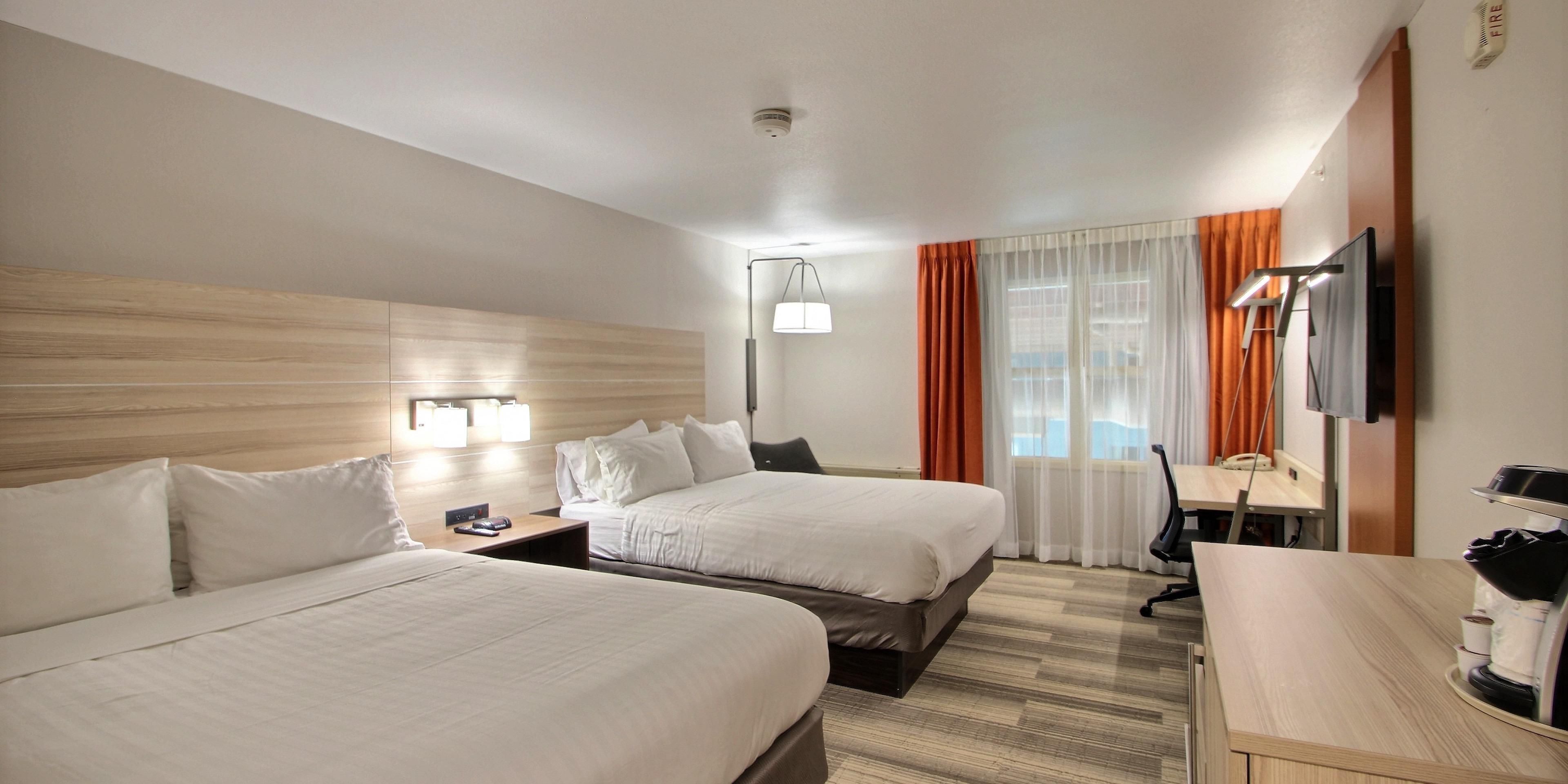 Holiday Inn Express & Suites Milwaukee Airport Hotel by IHG