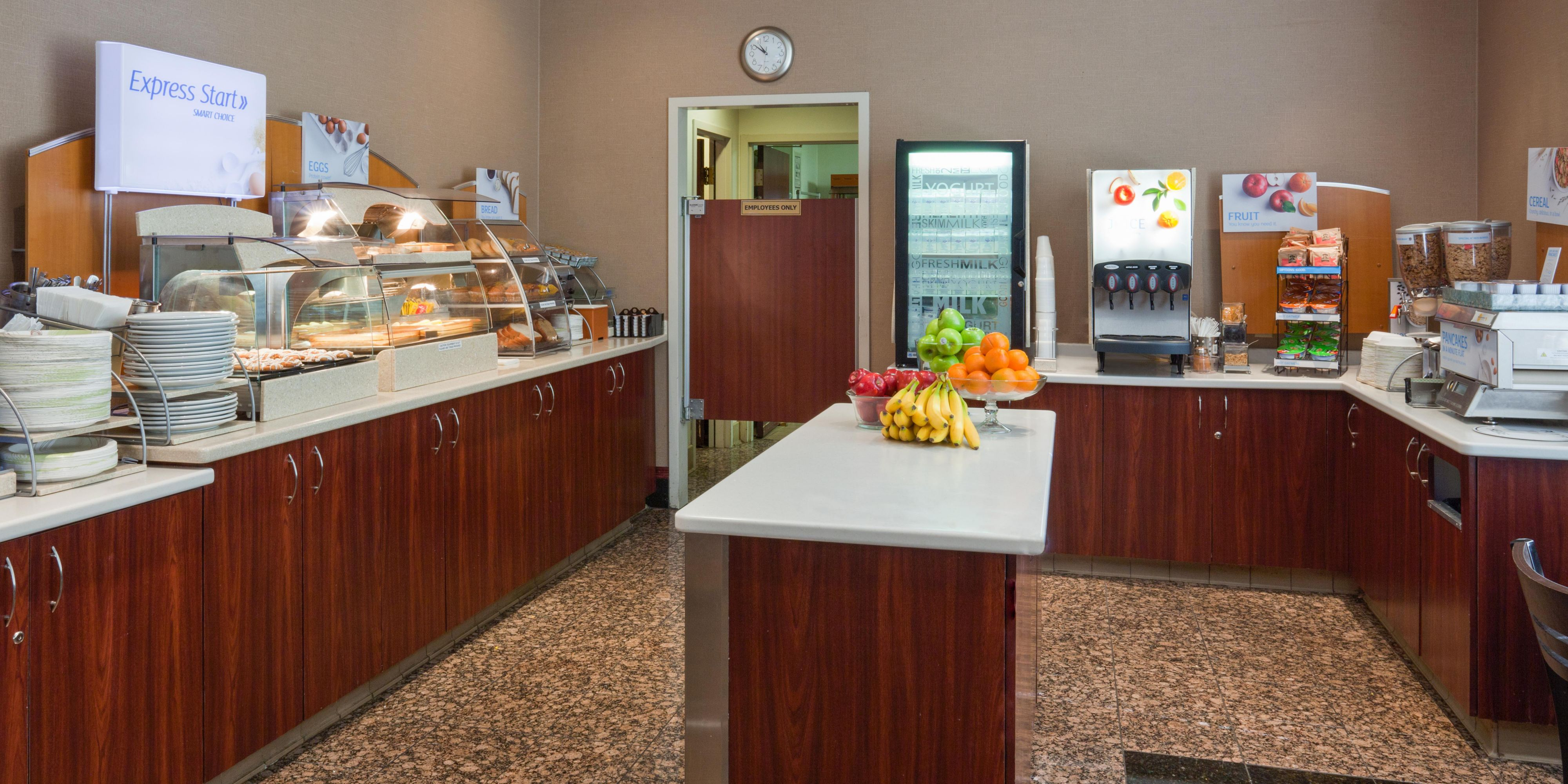 Holiday Inn Express & Suites Minneapolis-Dwtn (Conv Ctr) Hotel by IHG