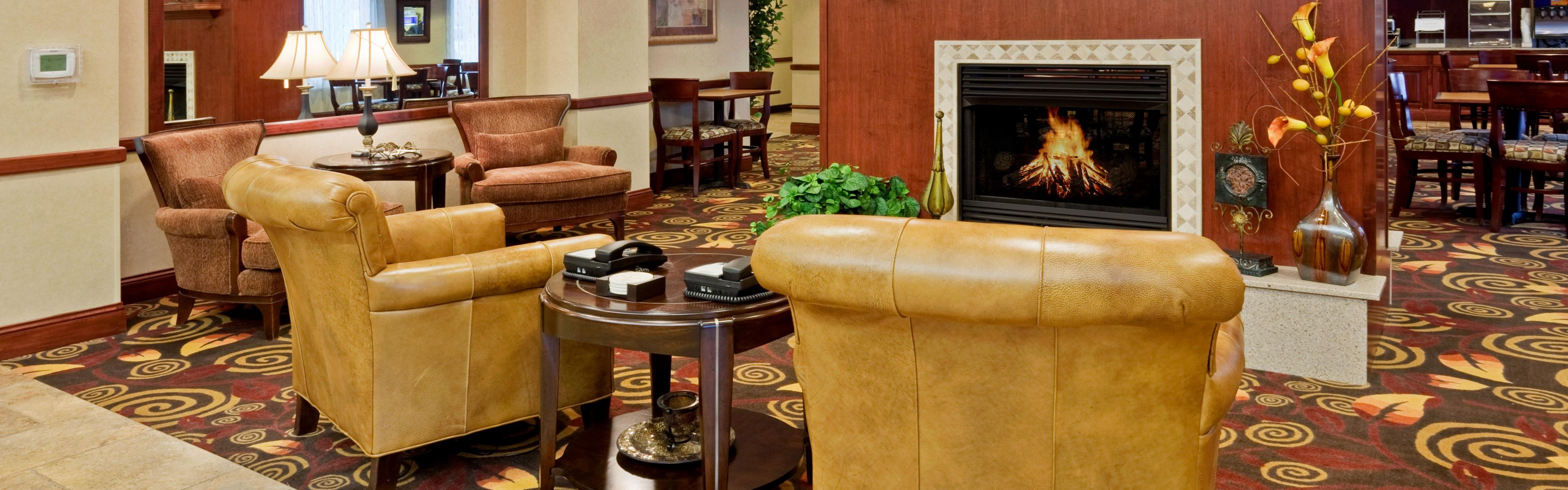 Holiday Inn Express Mitchell SD ...