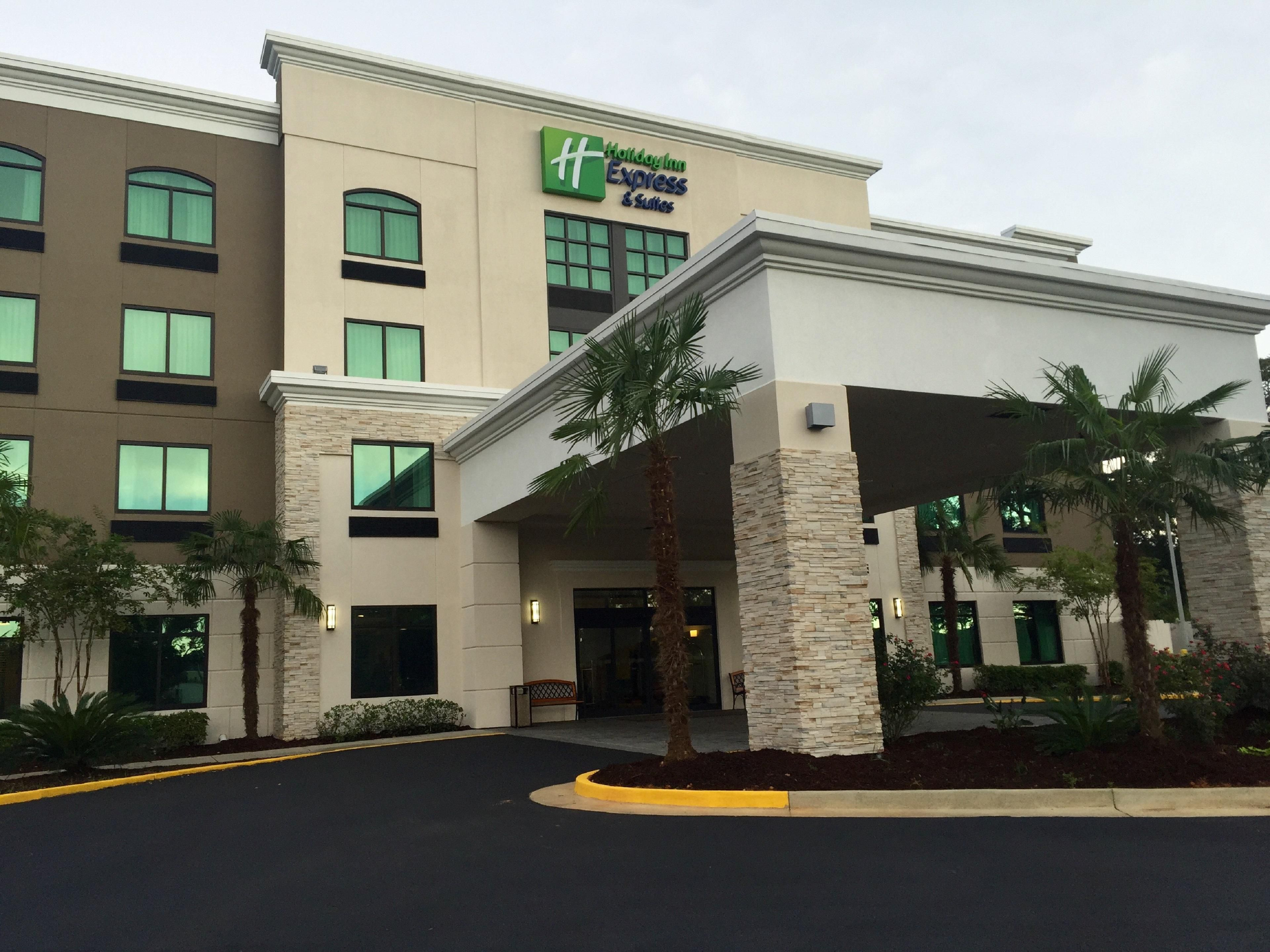 Holiday Inn Express Suites Mobile West I 10 Hotel By Ihg
