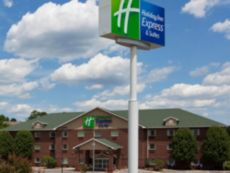 Holiday Inn Express & Suites Center Township in Newell, West Virginia