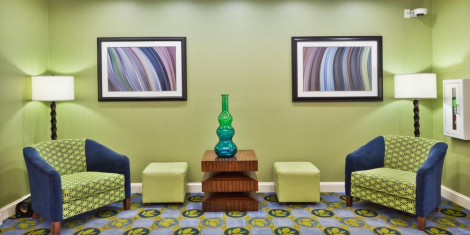 Holiday Inn Express & Suites Montgomery E - Eastchase Hotel by IHG