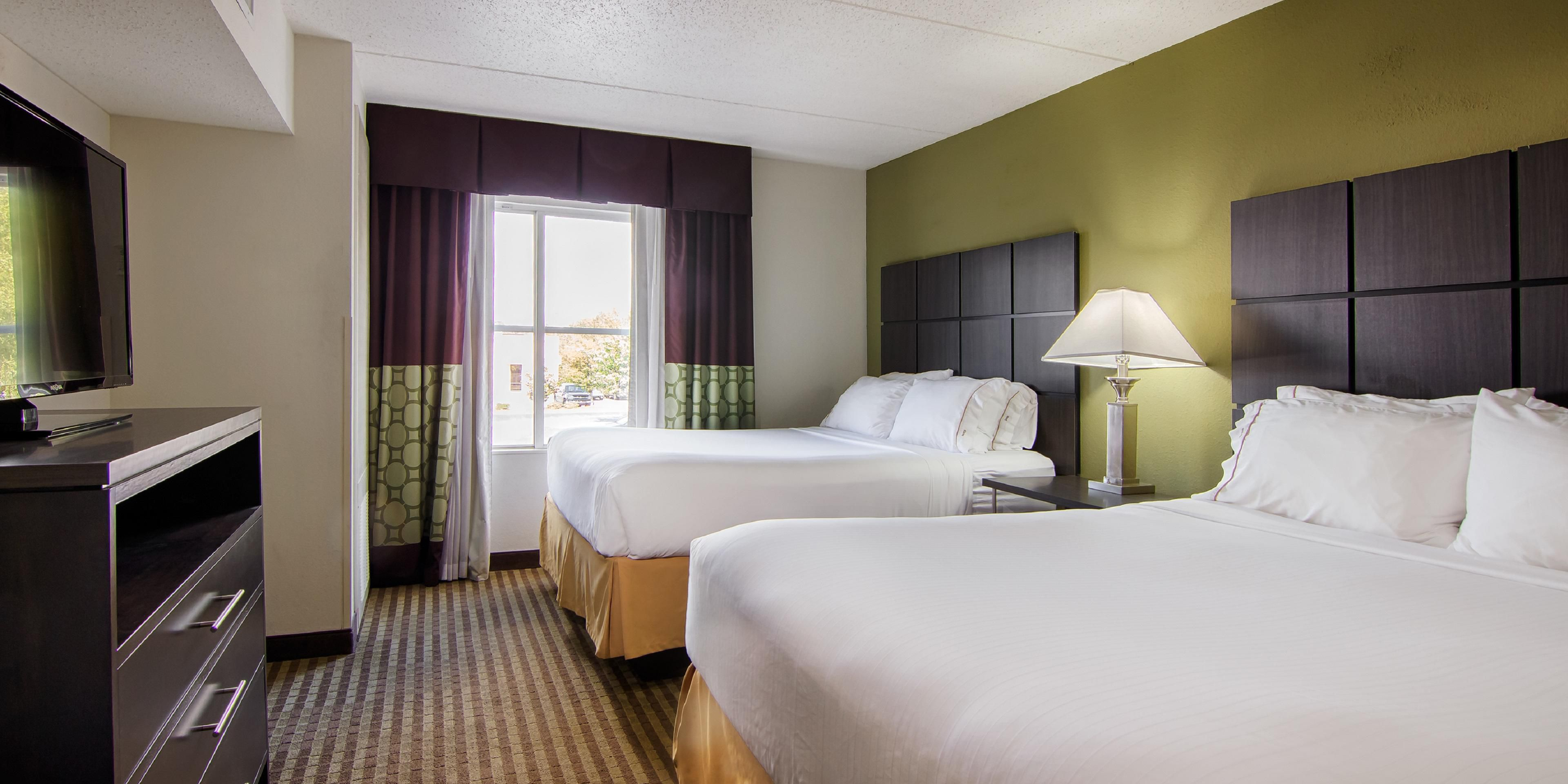 Holiday Inn Express And Suites Mooresville 4180731823 2x1