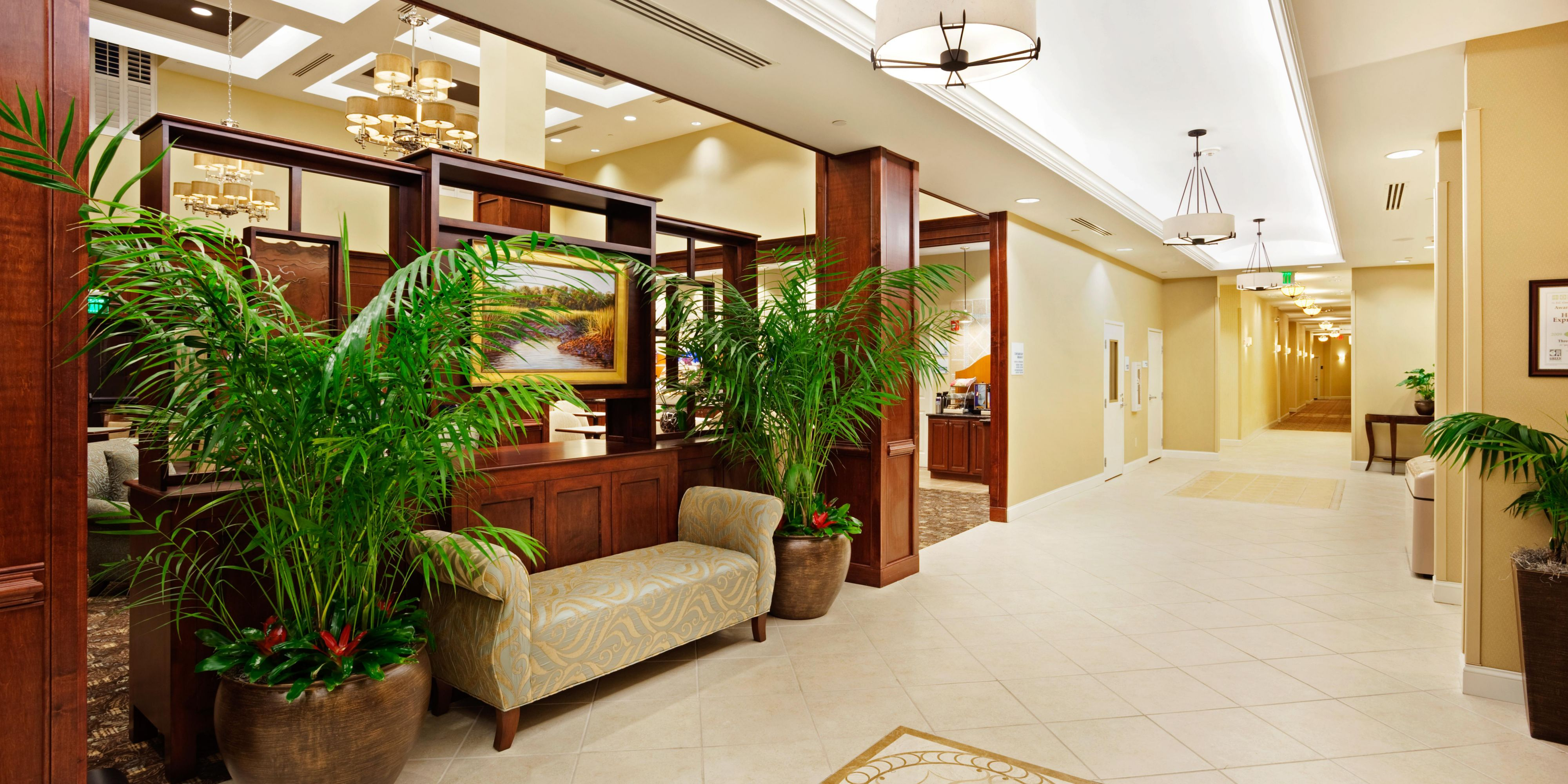 Guest Lobby ...