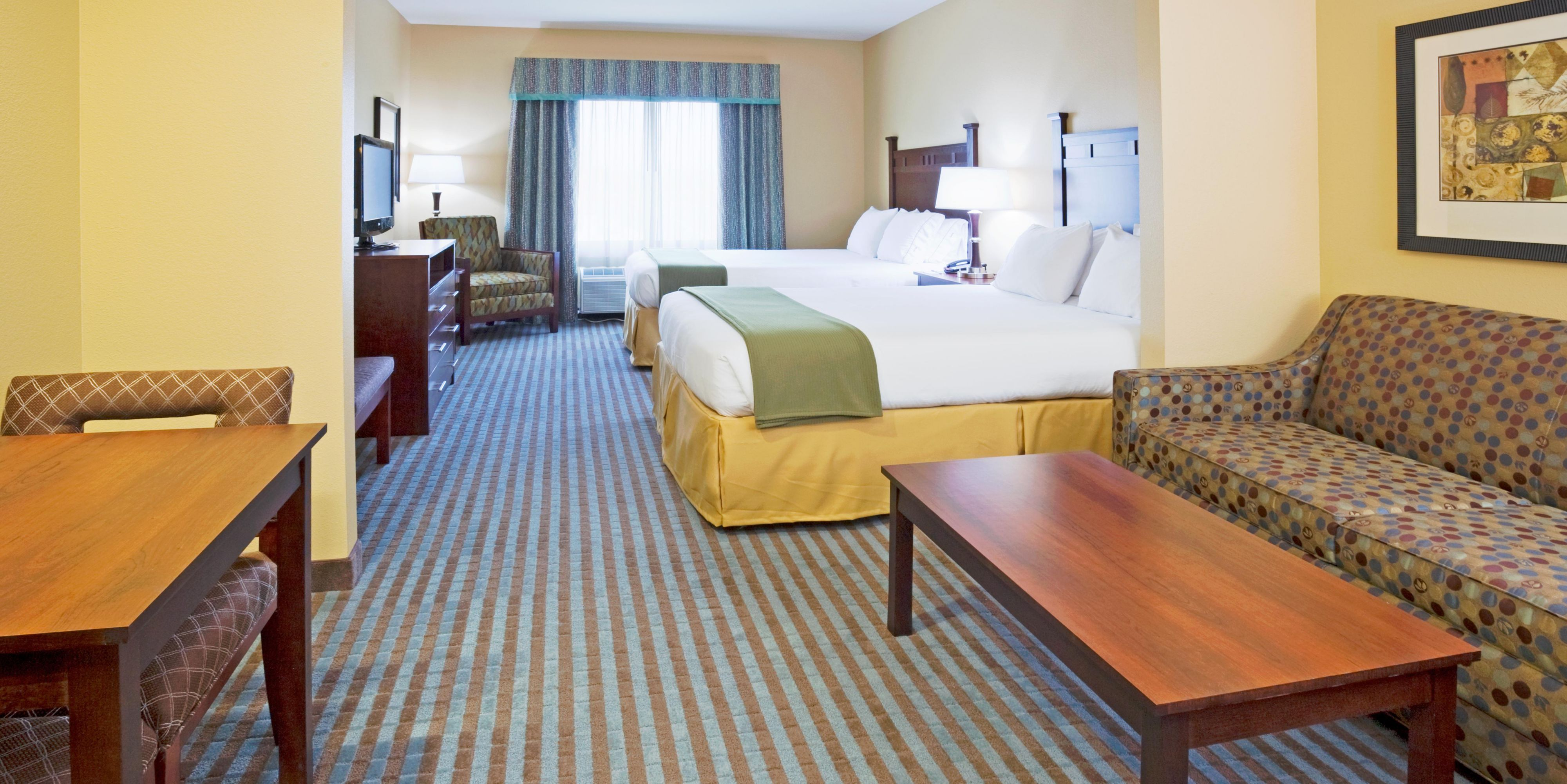 Holiday Inn Express And Suites Mountain Iron 2532988167