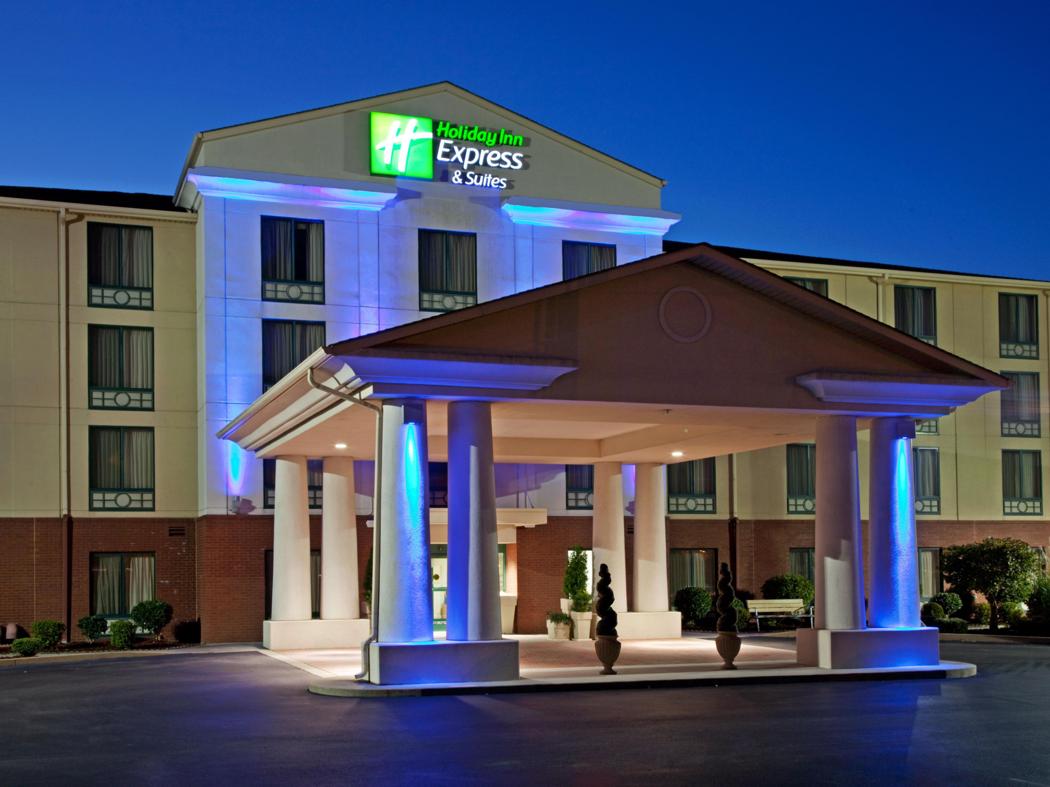 Holiday Inn Express And Suites Murray 2532142265 4x3