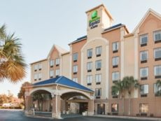 Holiday Inn Express & Suites Murrell'S Inlet (Myrtle Beach) in Surfside Beach, South Carolina