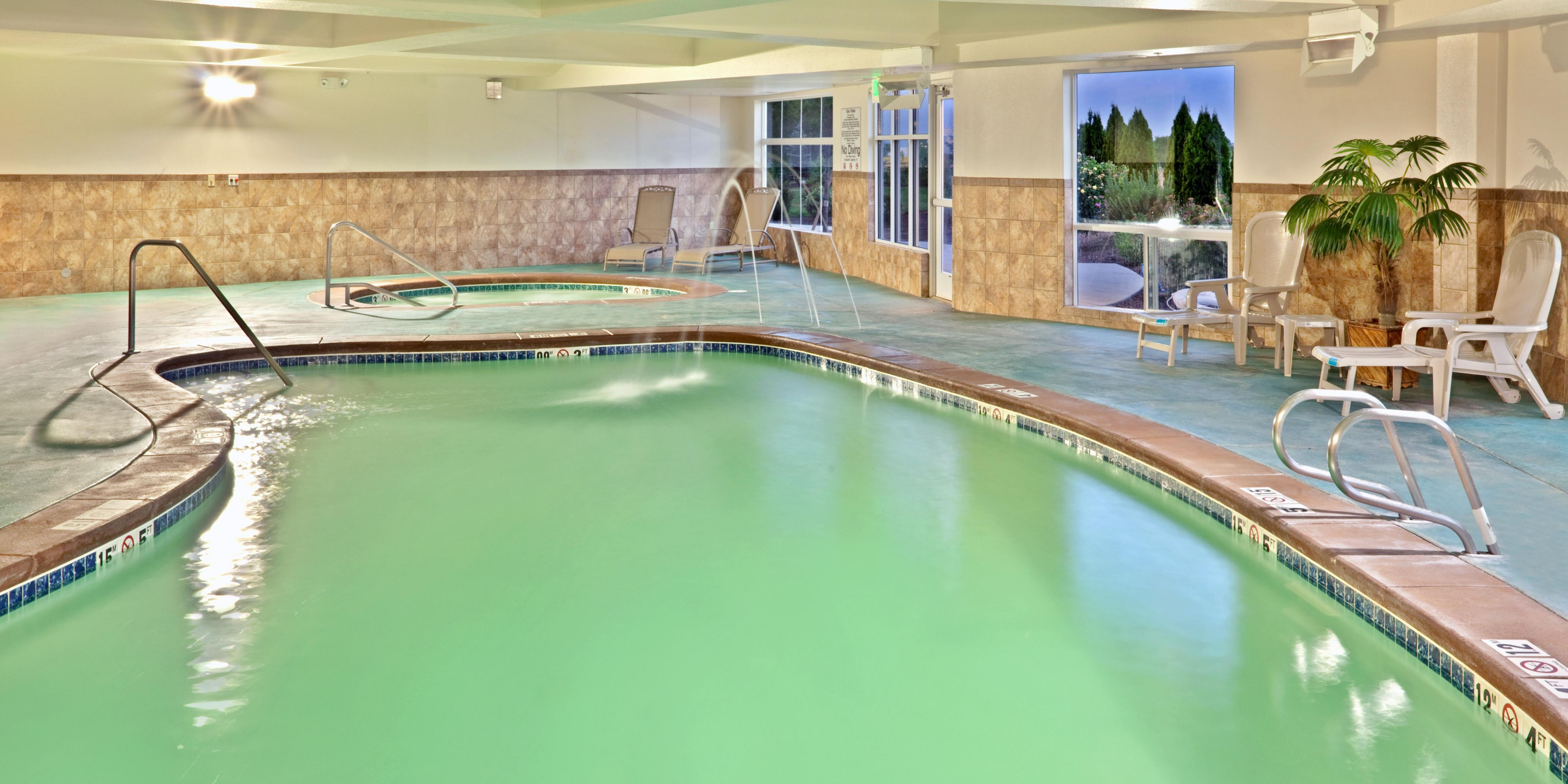 Holiday Inn Express And Suites Nampa 4231535750 2x1