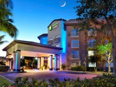 Holiday Inn Express & Suites Naples Downtown - 5th Avenue in Bonita Springs, Florida