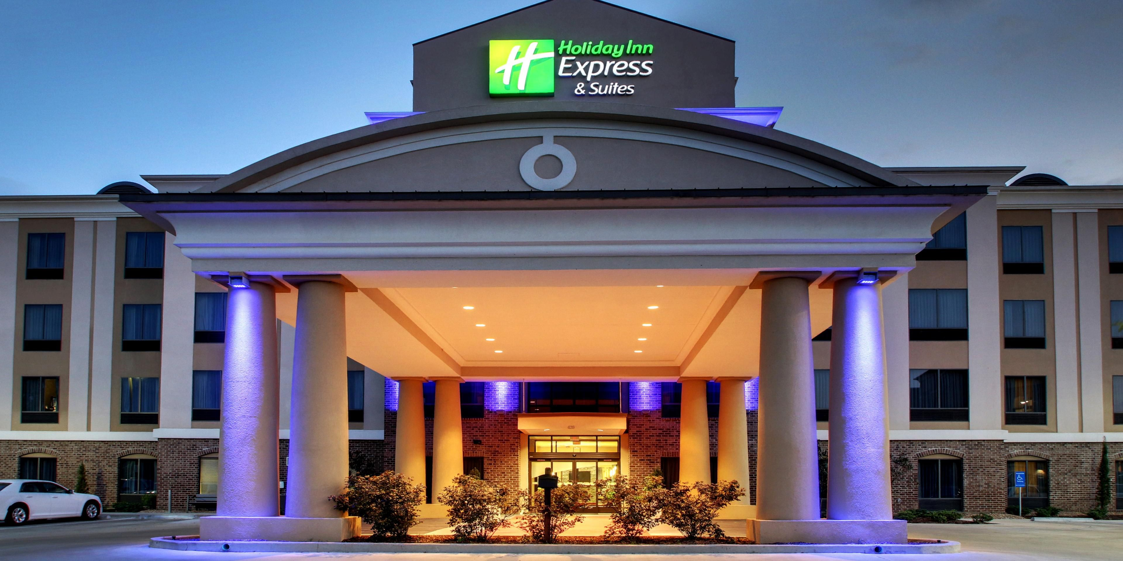 hotel in natchez south holiday inn express suites rh ihg com