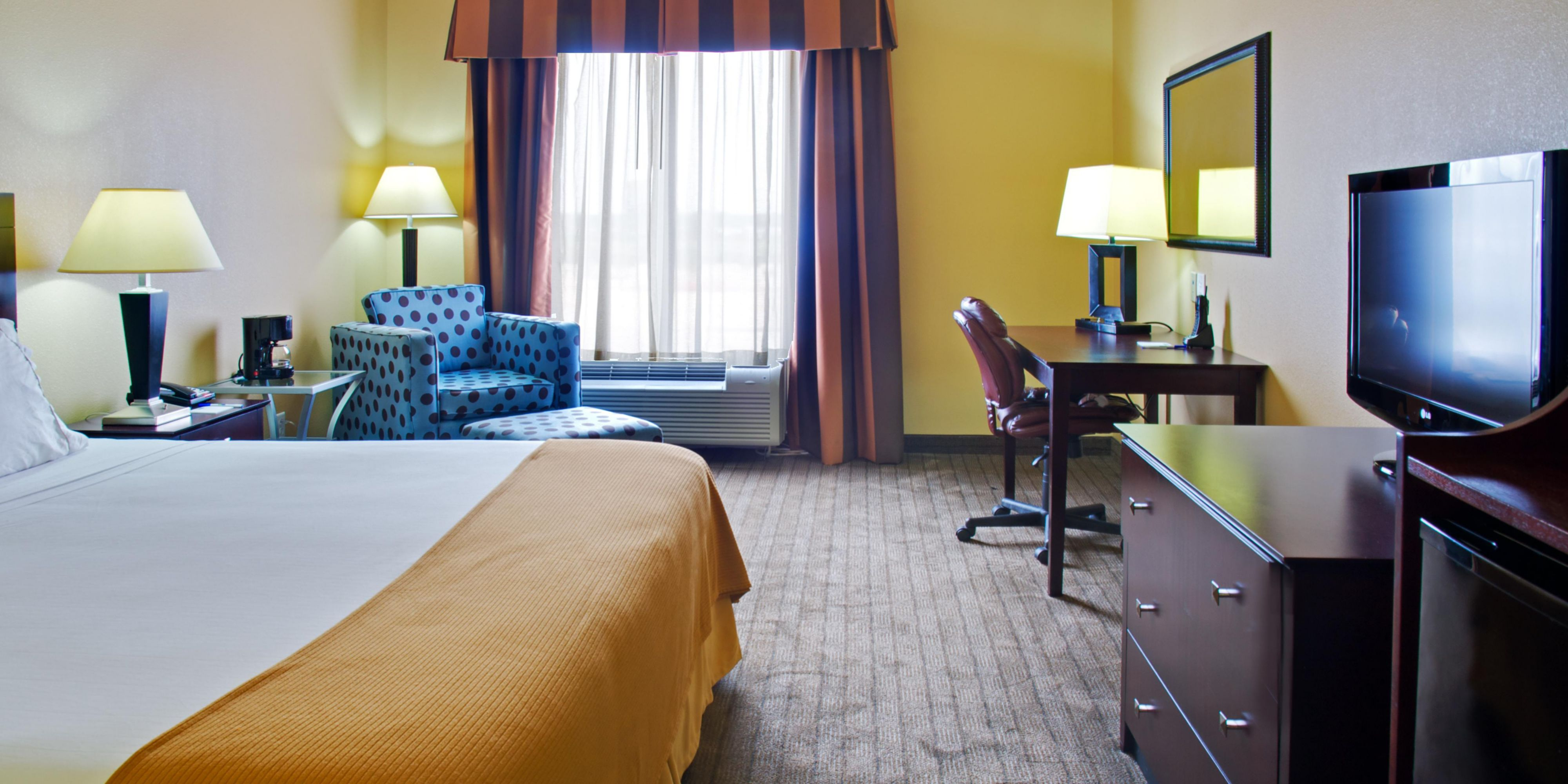 Holiday Inn Express And Suites Natchitoches 2532867372 2x1